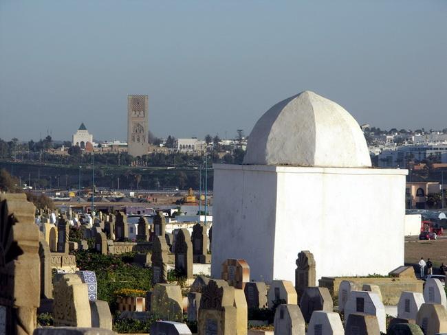 בית הקברות בסאלה, מול רבאט