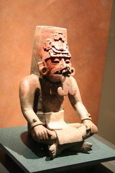 במוזיאון הארכיאולוגי