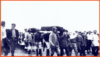 העברת גופות הנופלים מכפר גלעדי לקבר הנוכחי 1924