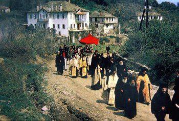 נזירים בהר אתוס, יוון