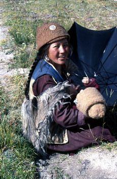 נערה מניקה בעמק הזנסקר