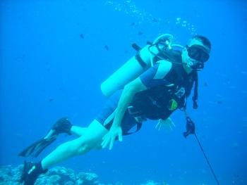 גילי חסקין מתחת למים