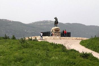הפסל בשייח' אברק