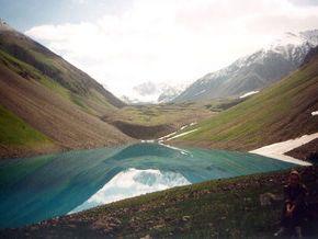 אגם איסיקול - קירגיזסטן
