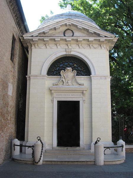 טיול לאיטליה - פסל דנטה ברוונה