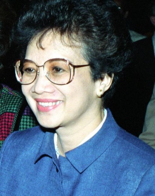 קורסון אקינו 1986. באדיבות wikipedia