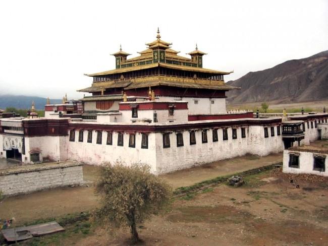 מנזר סמייה , טיבט. באדיבות Wikipedia