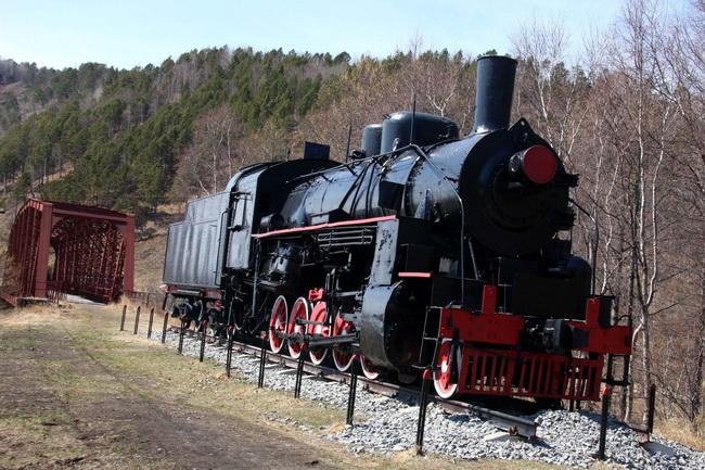 """קרון רכבת משנות ה-20 של המאה ה-10, ב""""אבזם הזהב"""", ליד ליטסיביאנקה. צילם: גילי חסקין"""