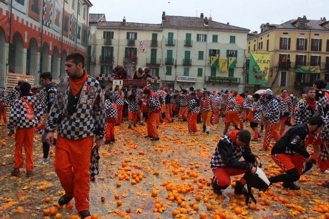 קרנבל התפוזים באיבראה. צילום: גילי חסקין