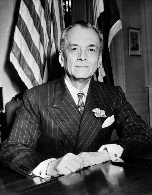מנואל דה קזון. נובמבר 1942. באדיבות Wikipedia