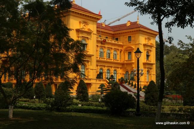 ארמון הנשיאות בסייגון - הו צ'י מין סיטי. צילום: גילי חסקין