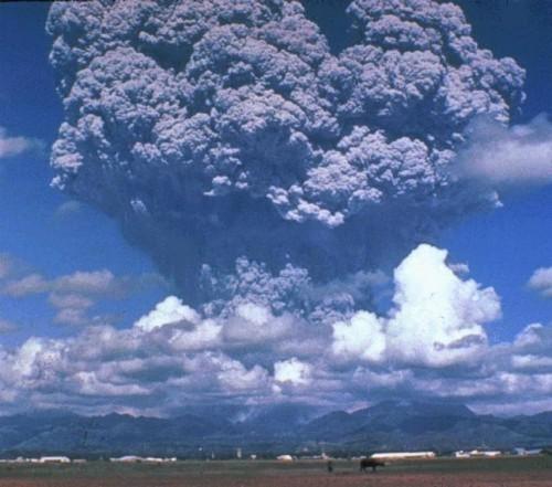 התפרצות פינאטובו. צילום: באדיבות Wikipedia