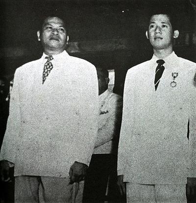 בנינו אקינו וראמון מאגסאיאס, 1951. צילום: Wikipedia