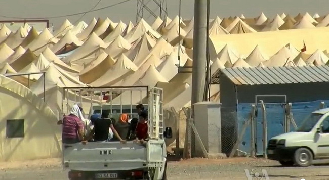 מחנות פליטים סורים
