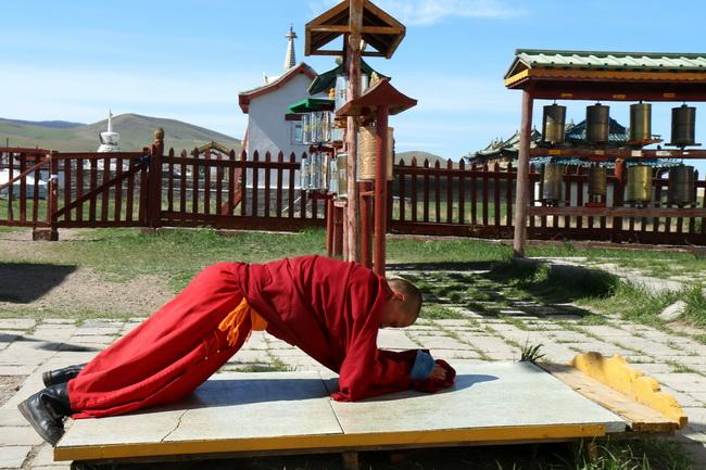 נזירים במונגוליה. צילום: גילי חסקין