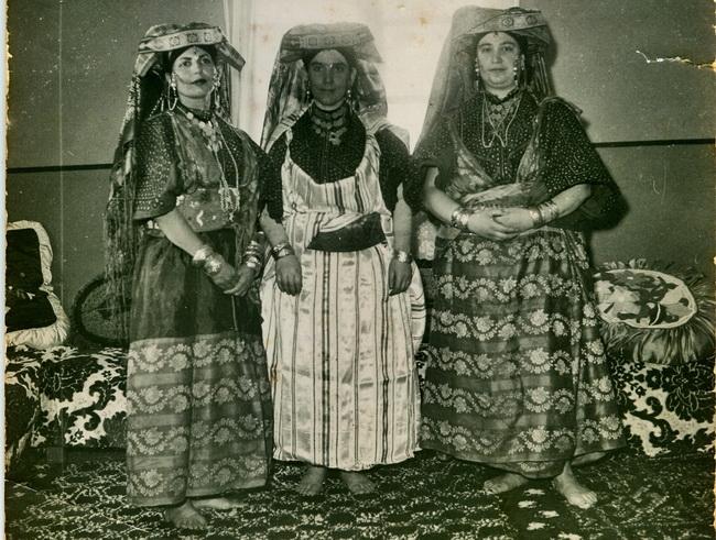משפחת תורג'מן. מאוסף התמונות של יגאל בן נון