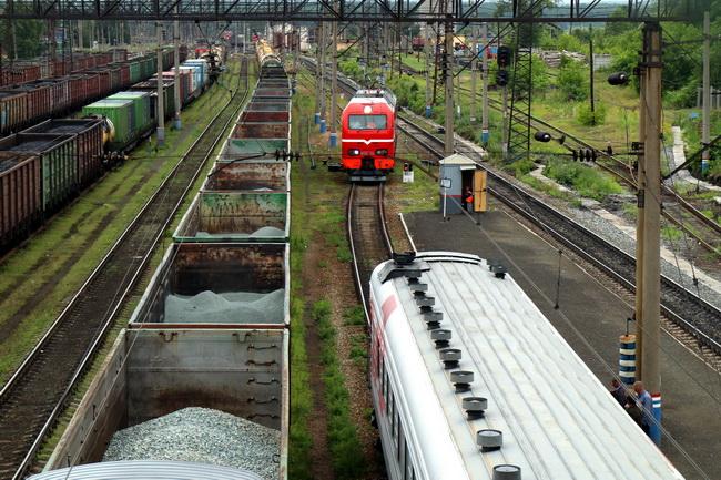 תחנת רכבת בין יקטירנבורג לאומסק. צילם: גילי חסקין