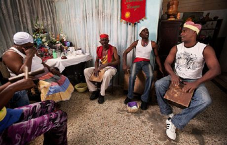 הדת הקובנית: נצרות, סנטריה ופאלו מונטה