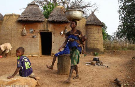 אפריקה המערבית  – בנין