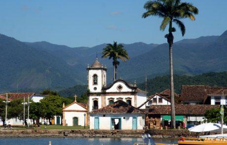 תולדות ברזיל מראשיתה ועד לנפילת הרפובליקה הישנה.